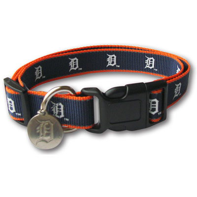 Detroit Tigers Reflective Nylon Collar with ID Tag